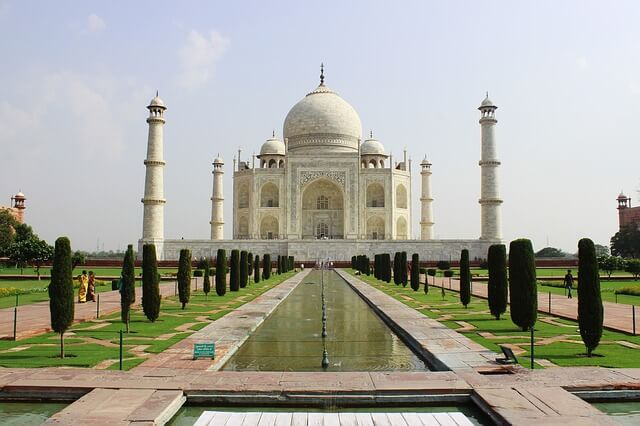Photo of the Taj Mahal | india quiz questions and answers pdf